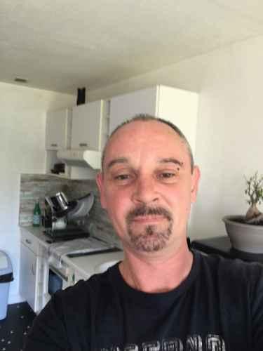 homme 44 ans cherche femme)