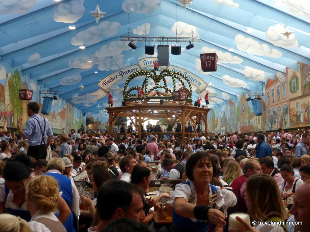 L'Oktoberfest à Munich: une fête à faire au moins une fois dans sa vie!