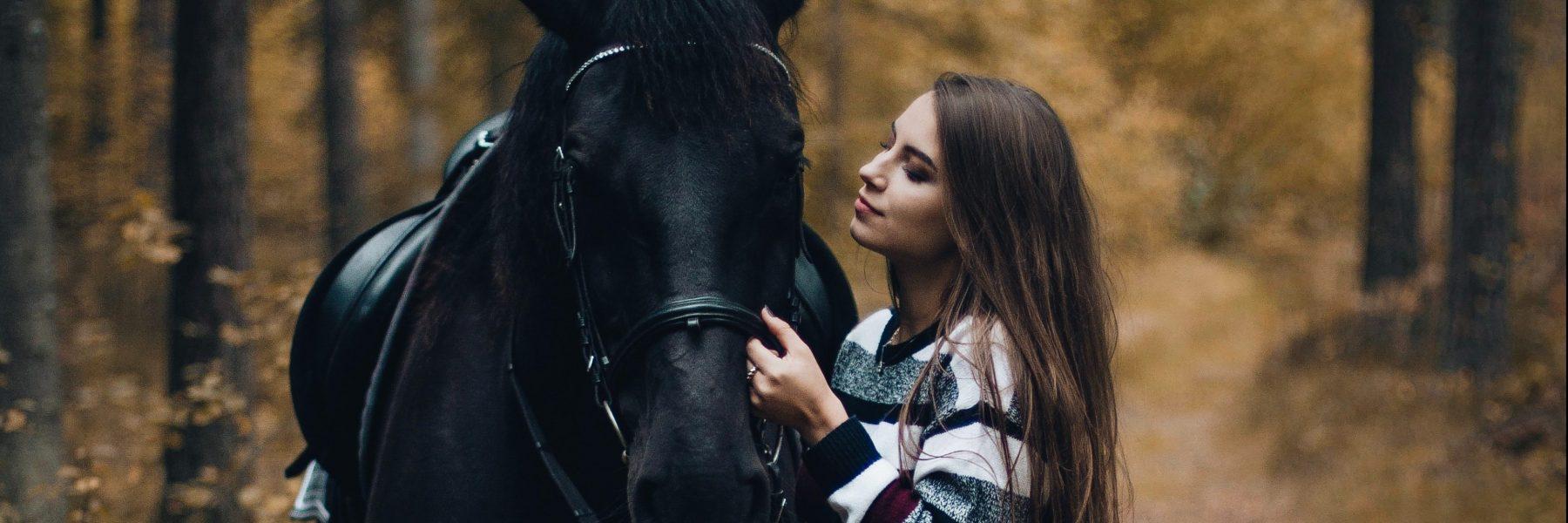 Rencontrer une femme qui aime les chevaux