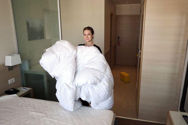 Femme de chambre / Valet   Eliya – Emploi & Recrutement