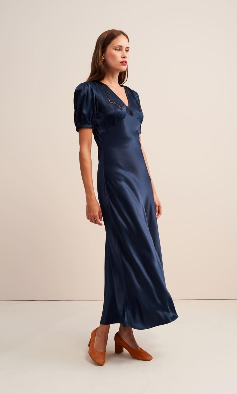 je cherche une robe pour le mariage de ma fille