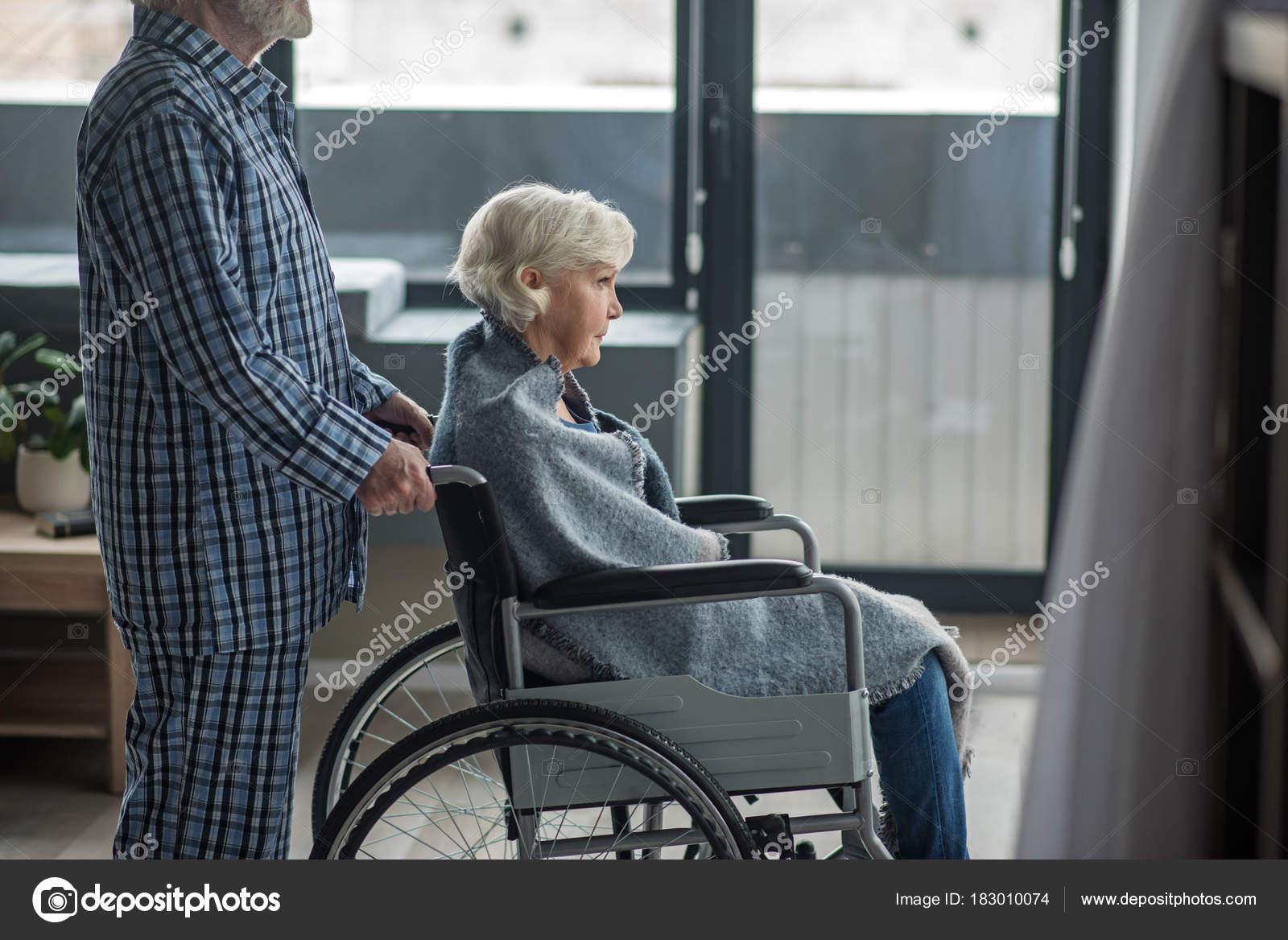 femme handicape cherche homme)