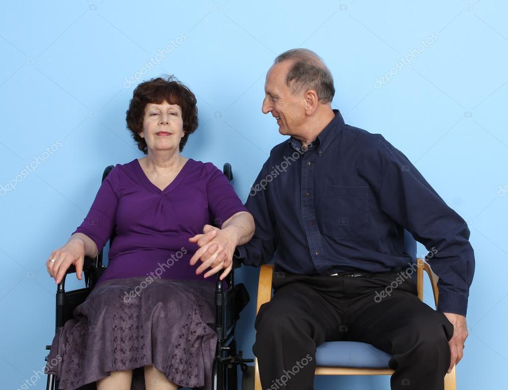 Rencontre femme en-fauteuil-roulant, femmes célibataires