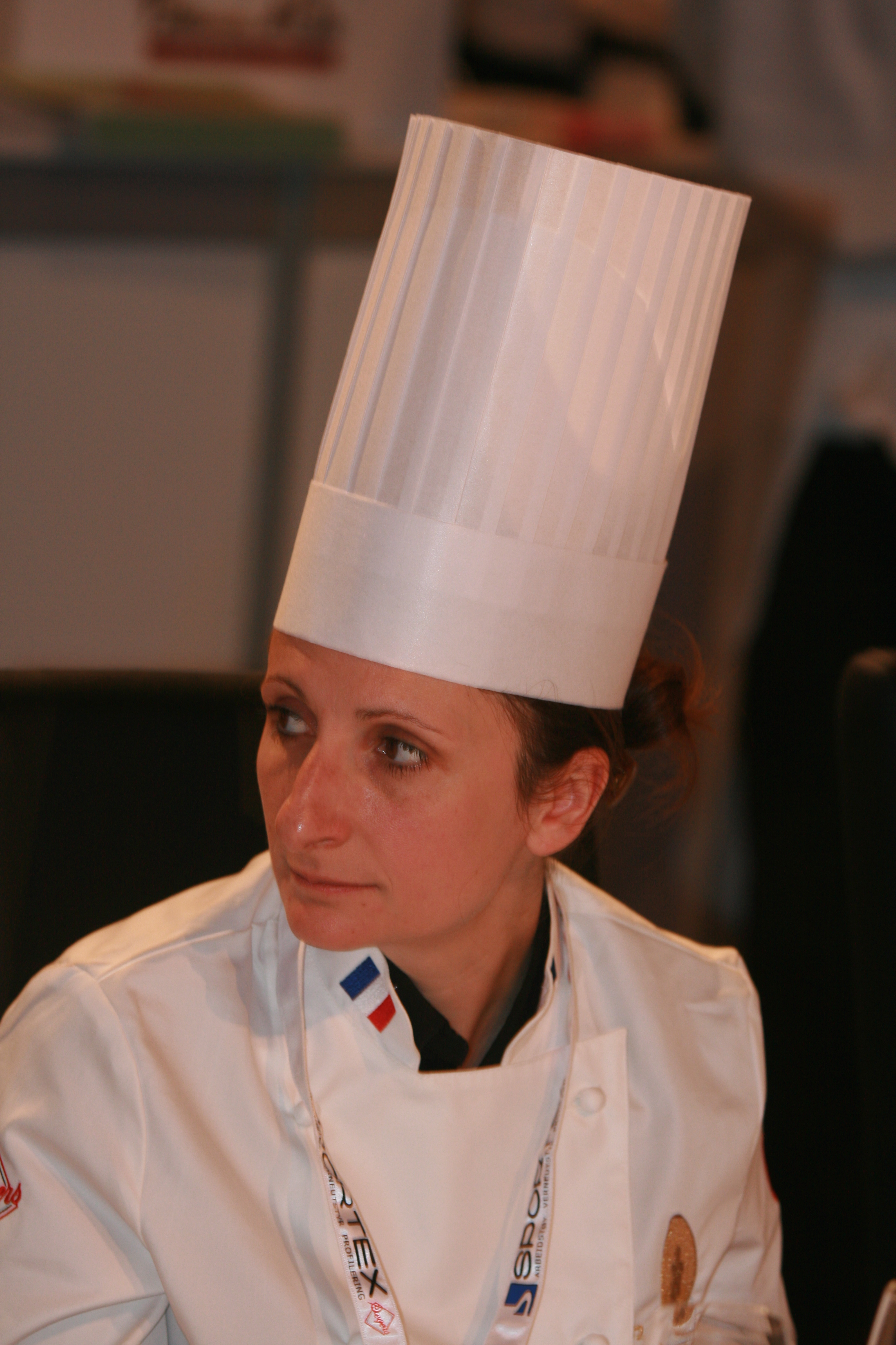 recherche femme cuisiniere