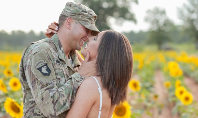 rencontres femmes militaires