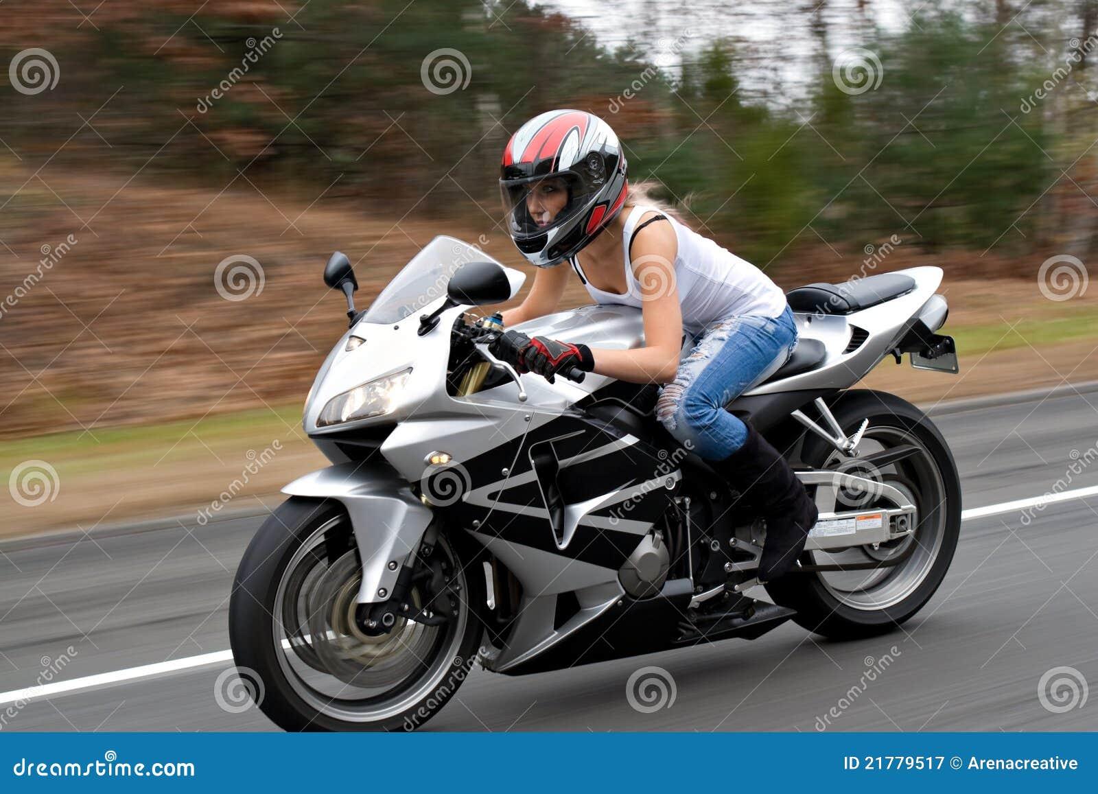 Le site de rencontre dédié aux motards!