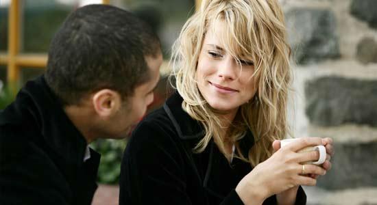 flirter avec quelquun