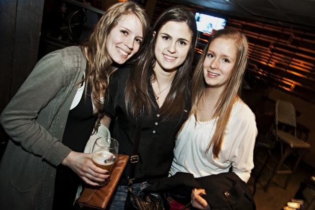 Bars où trouver femme célibataire montréal - #adg