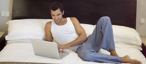 homme accro aux sites de rencontres