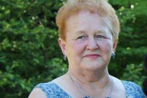 recherche femme 80 ans)