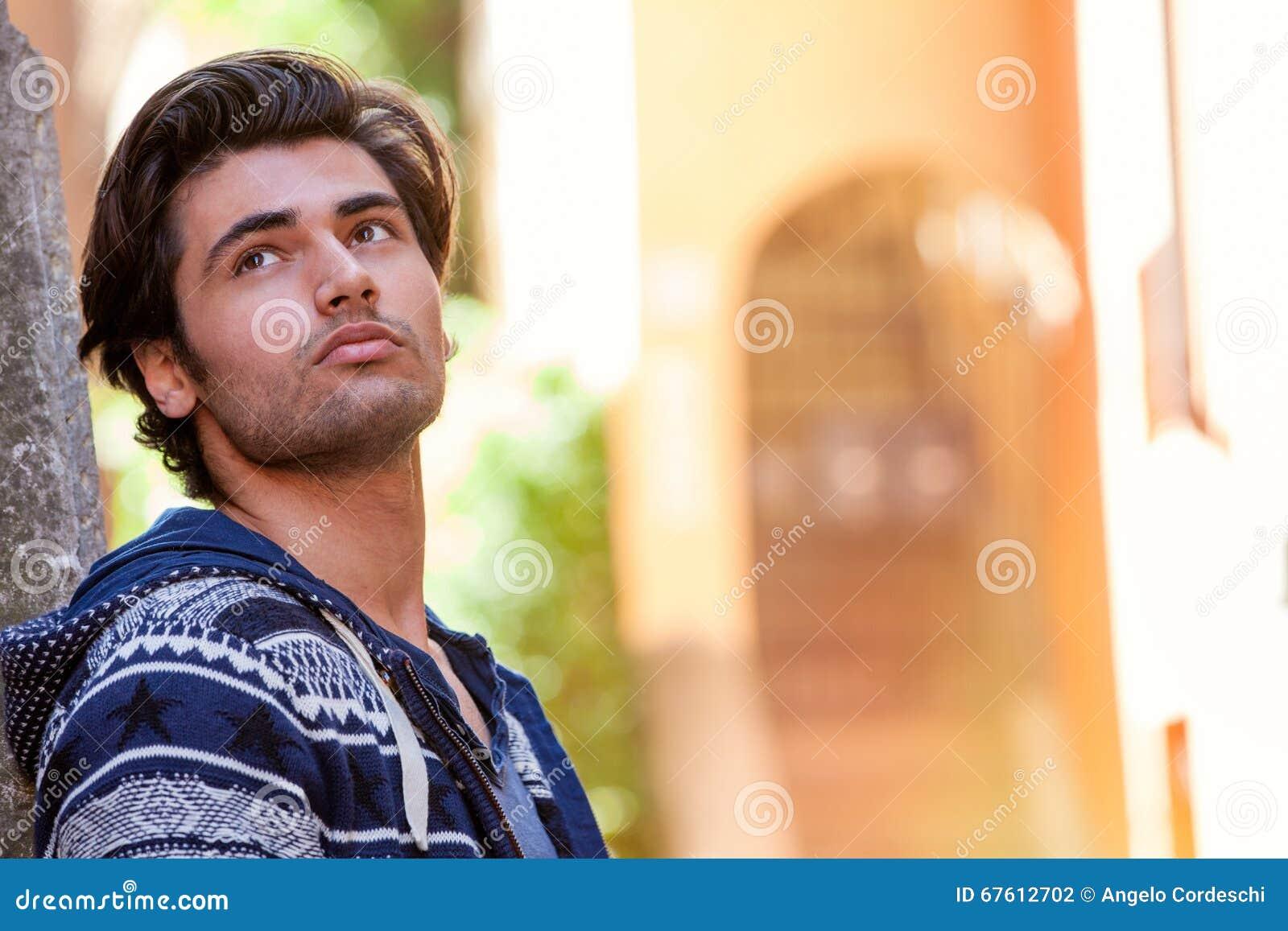 Homme célibataire Italie - Rencontre hommes célibataires Italie