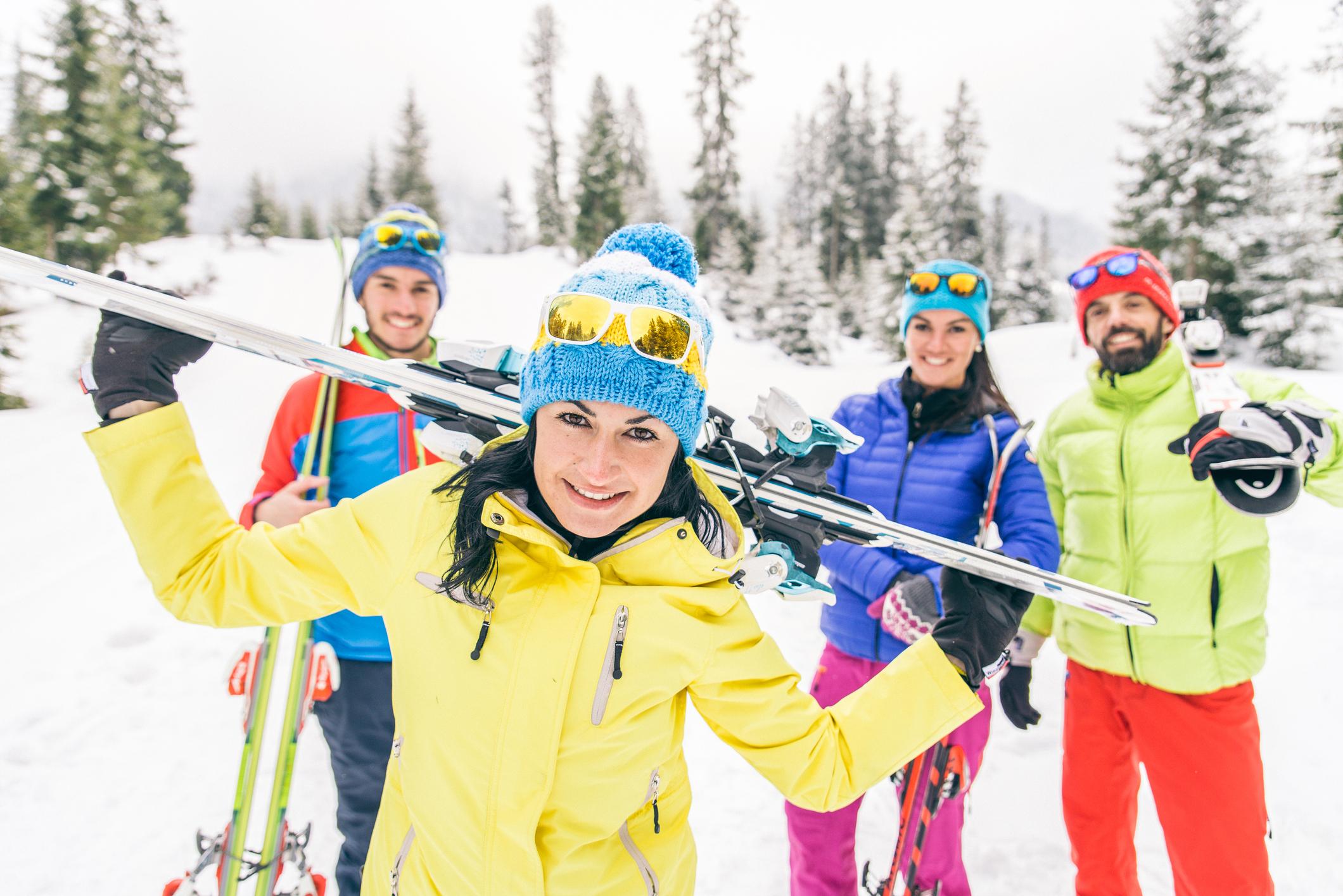 Célibataire Sportif les adeptes du sport, ski alpin