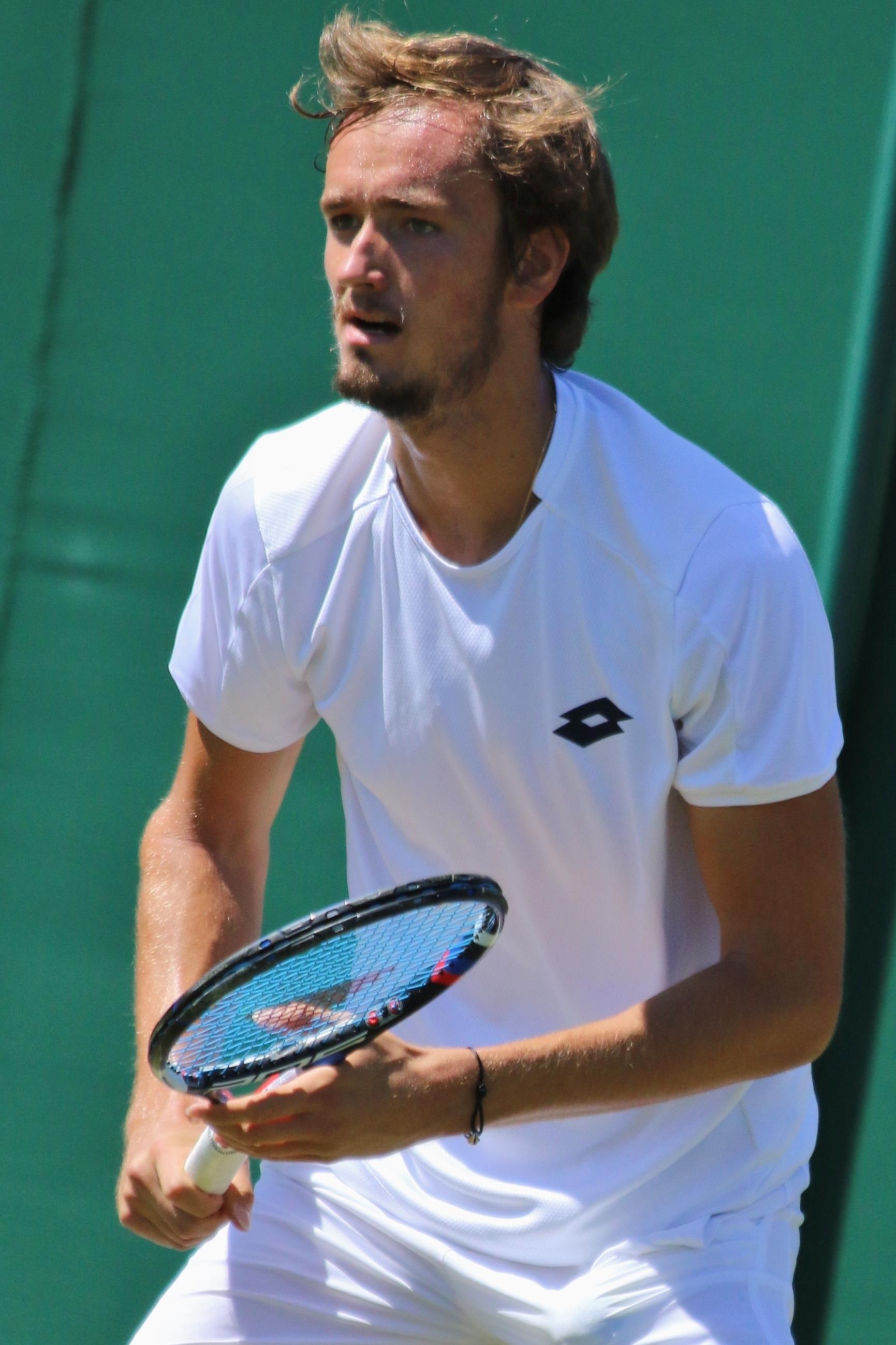TENNIS-CONTACT : Mise en relation de Partenaires de Tennis