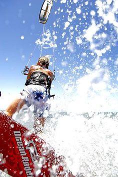 Site de rencontre pour célibataire sportif, et du adepte du sport: kite surfing.