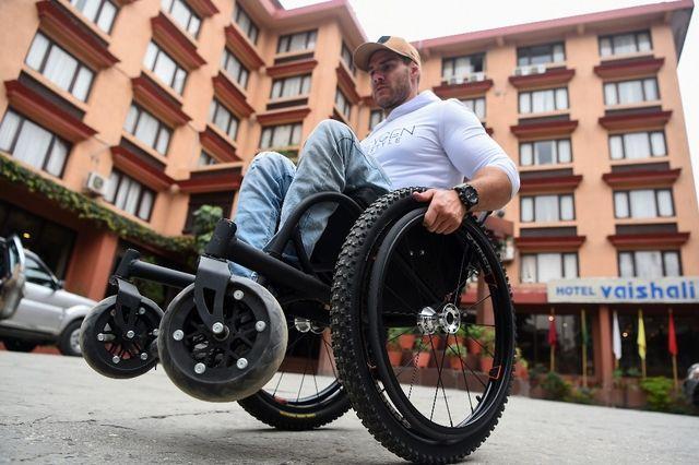 cherche homme paraplégique