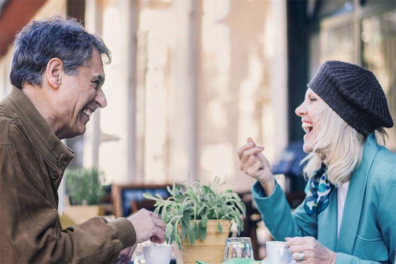Rencontre seniors : trouvez l'amour