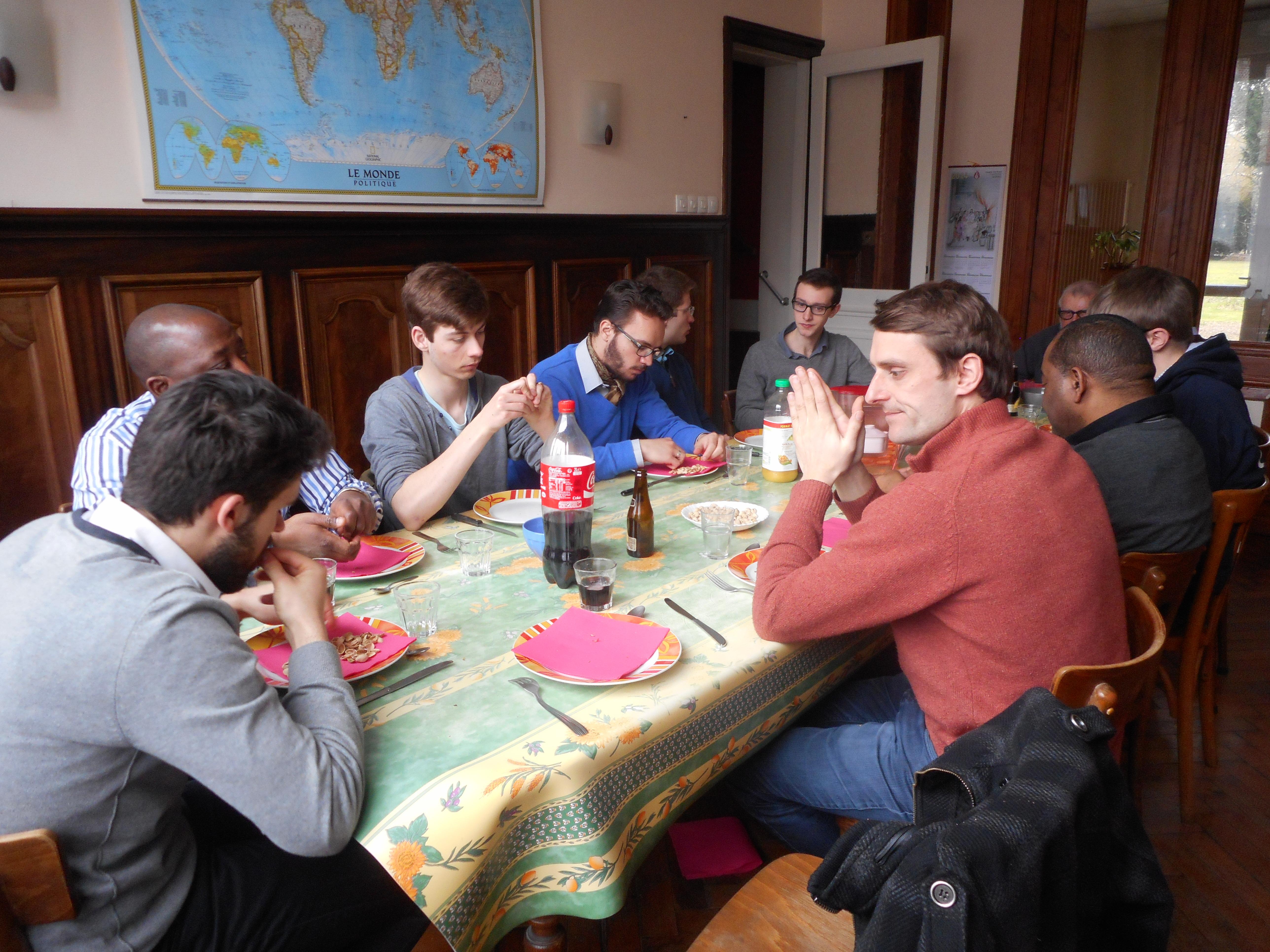 Trouver des amis à Lille - Contacts 50plus