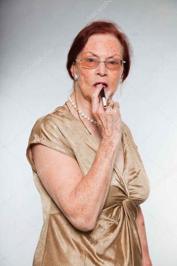 femme cherche senior)